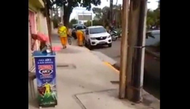 Тандем бразильских дорожных рабочих и полиции