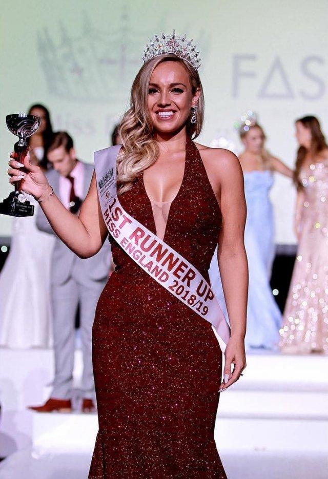 Посмотрите на «Мисс Великобритания 2020» Джен Аткин – раньше она весила 107 кг