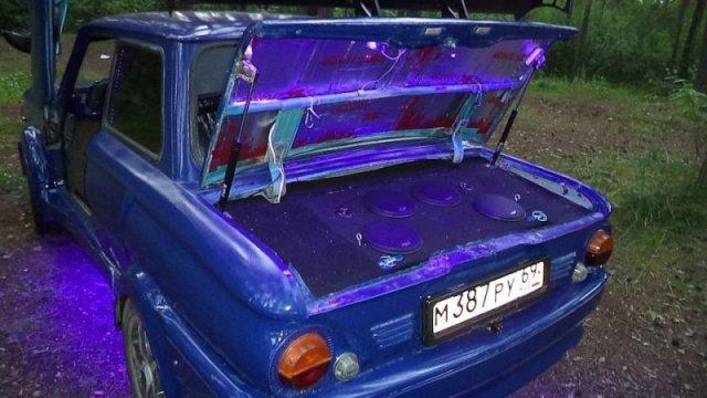Автолюбитель из Твери превратил «Запорожец» в нечто невероятное