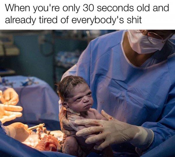 Новорожденный ребенок мем
