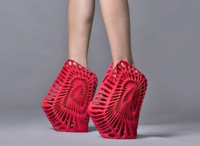 страныне геометрические туфли