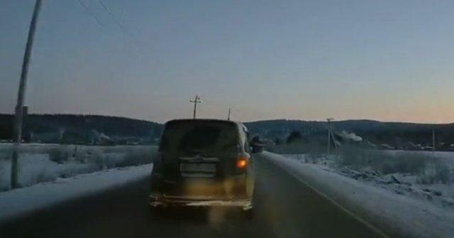Пьяный водитель сам себя убрал с дороги