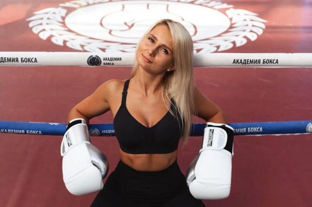 Анна Михайлова – фитнесс-тренер с Рублевки