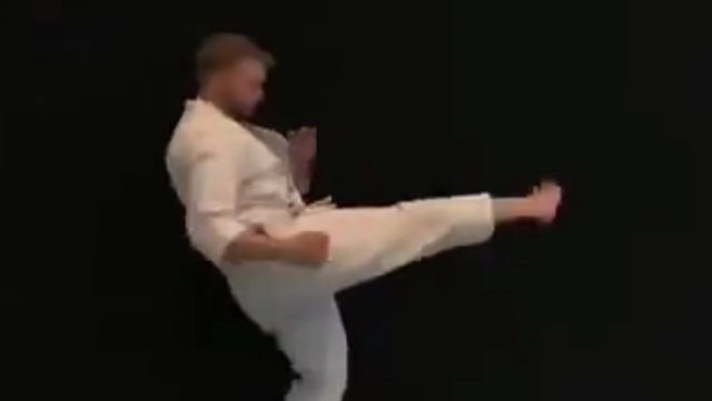 Когда наконец-то пригодились навыки карате