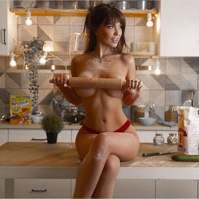 Известная модель Мария Лиман ищет любовника на время карантина