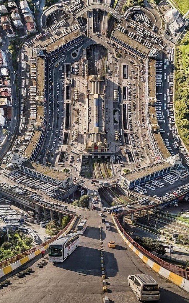 Искривленный Стамбул