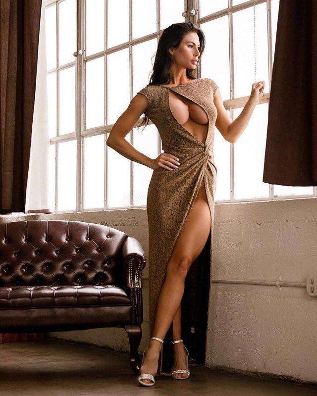 Платья с высокими разрезами 02