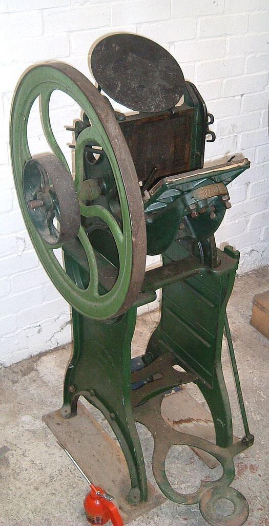 Старый типографский станок
