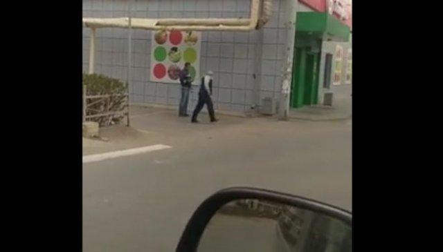 Коронавирус косит людей прямо на улицах российских городов