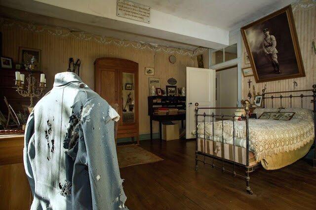 Застывшая во времени спальня солдата, погибшего в Первой Мировой войне
