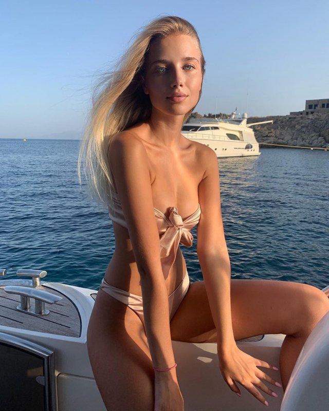 Белорусская модель Полина Малиновская оставила послание будущему мужу