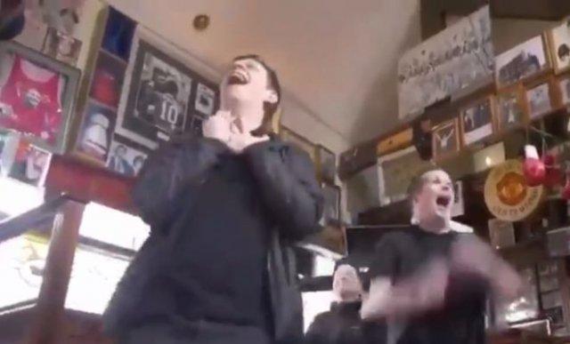 Когда в Великобритании откроются бары