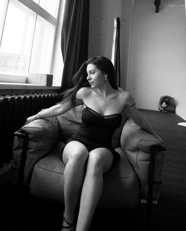 Порноактриса на пенсии: Ангелина Дорошенкова (Ally Brelsen)