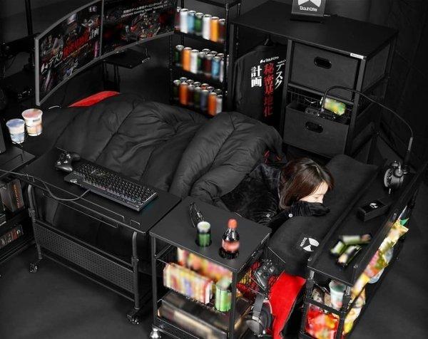 Кровать для настоящих геймеров
