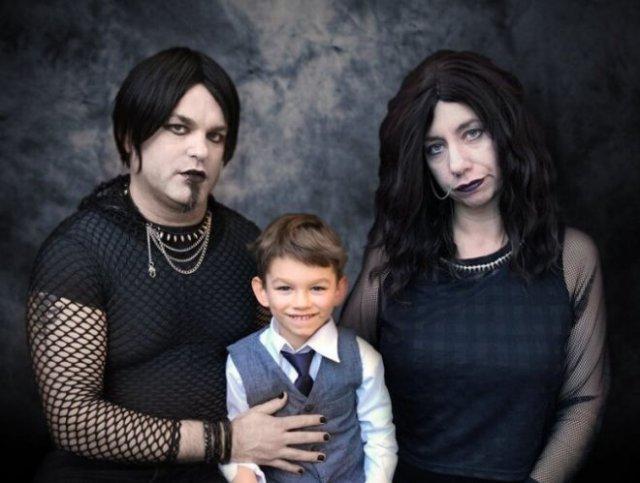 Смешные и нелепые семейные фотографии, за которые стыдно и взрослым, и детям
