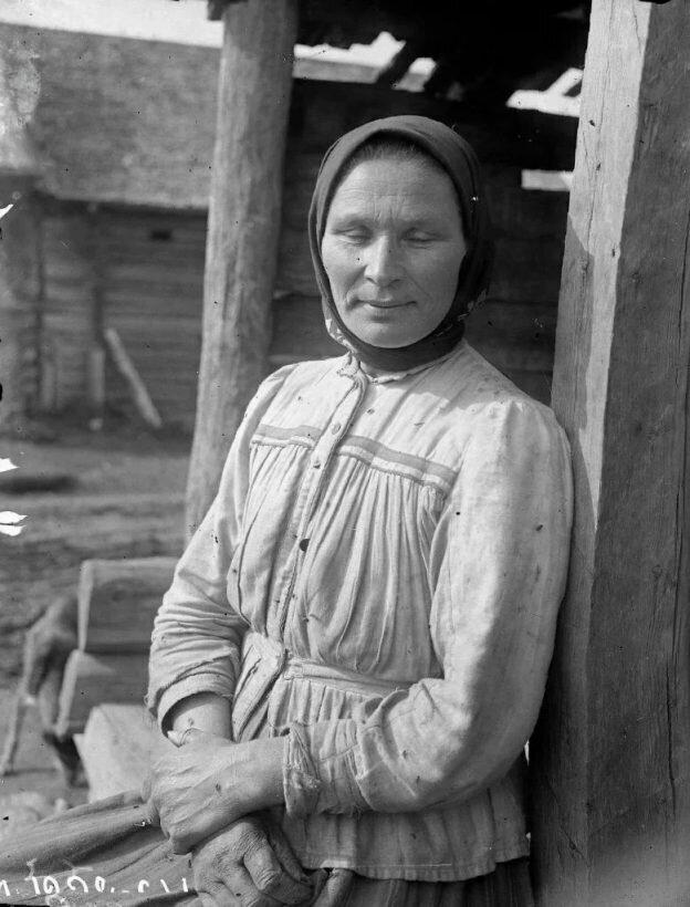 Как выглядели крестьяне в возрасте 30-40 лет, живущие в прошлом веке