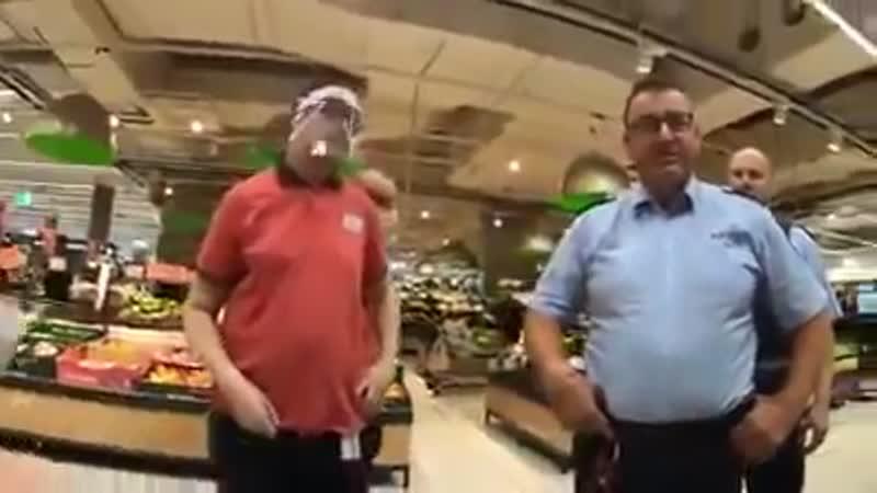 Драка в немецком супермаркете!