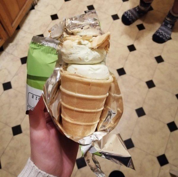 Бонус мороженого. Мелочь, а приятно!