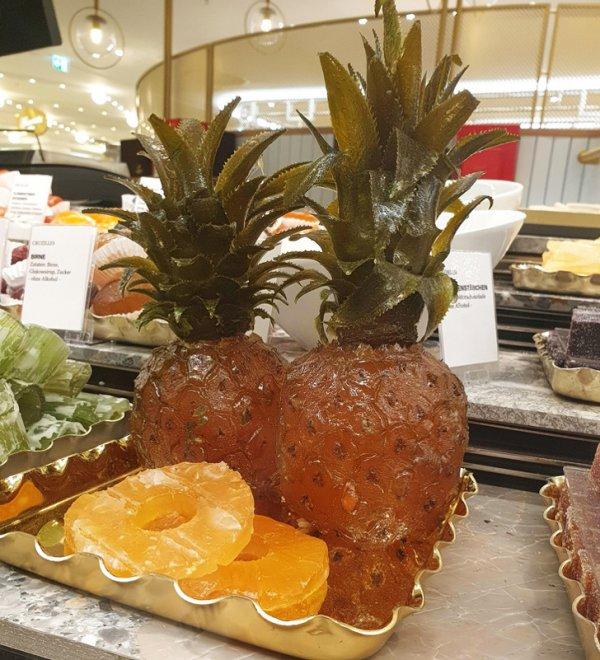Цукаты, сделанные из целых ананасов