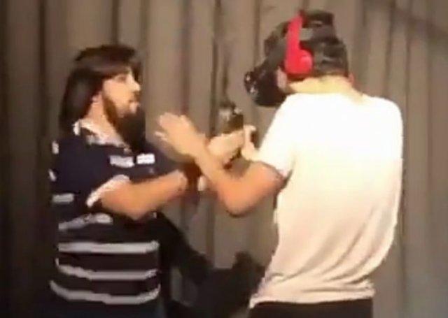 Игры в виртуальной реальности могут травмировать