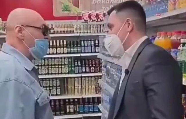 Реакция россиянина на вопрос про защитные маски