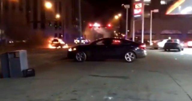Четверо полицейских были ранены во время стрельбы в Сент-Луисе