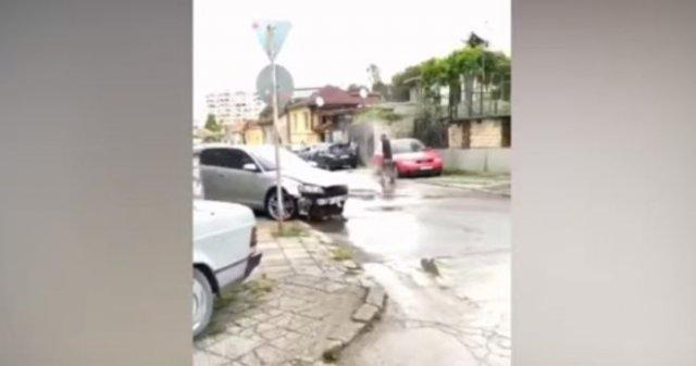 В Варне неадекватный водитель устроил погром
