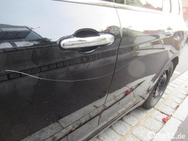 Исцарапала автомобилей на 37 000 евро!