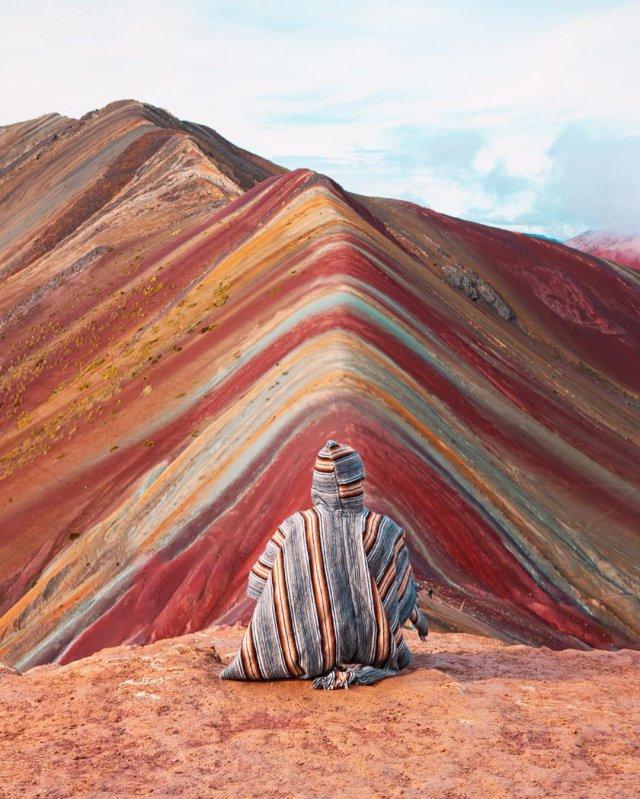 Радужные горы Виникунка в Перу