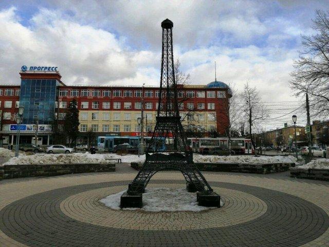 Эйфелева башня на российских просторах