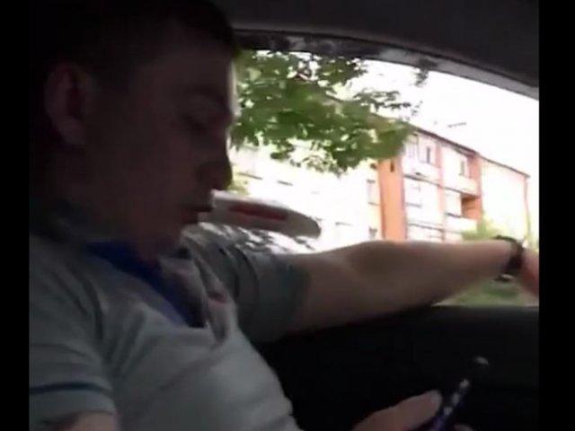 В Брянске таксист отказался вести чернокожего - тот списал все на расизм