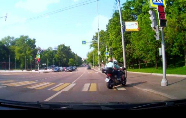 """""""Лайхак"""" для водителей скутеров"""