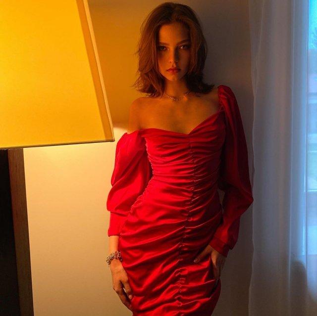 Алеся Кафельникова снялась полностью обнаженной