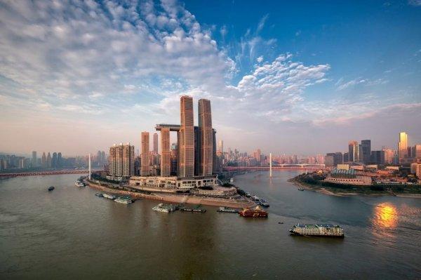 Самый большой горизонтальный небоскреб