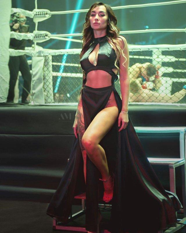 Анжелика Андерсон: ринг-герл
