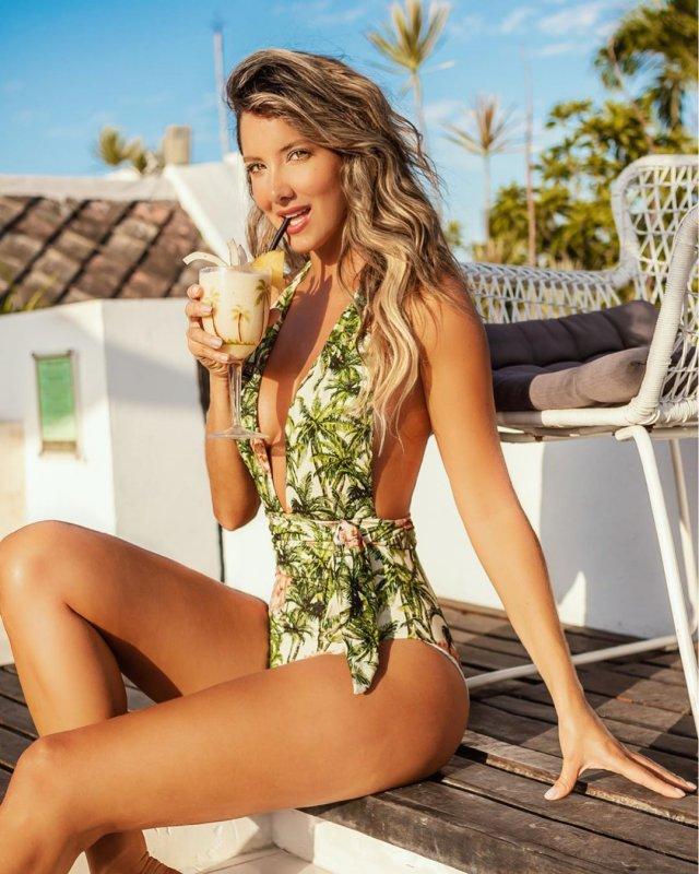 Бывшая «Мисс Колумбия» Даниэлла Альварес