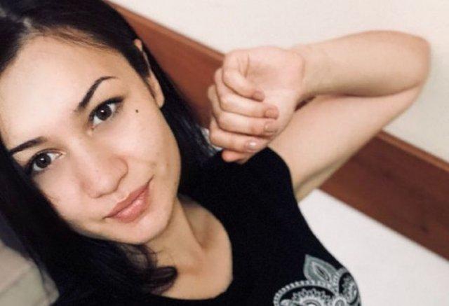 25-летняя мать из Салавата зарабатывала с помощью эротической трансляции прямо при маленькой дочери