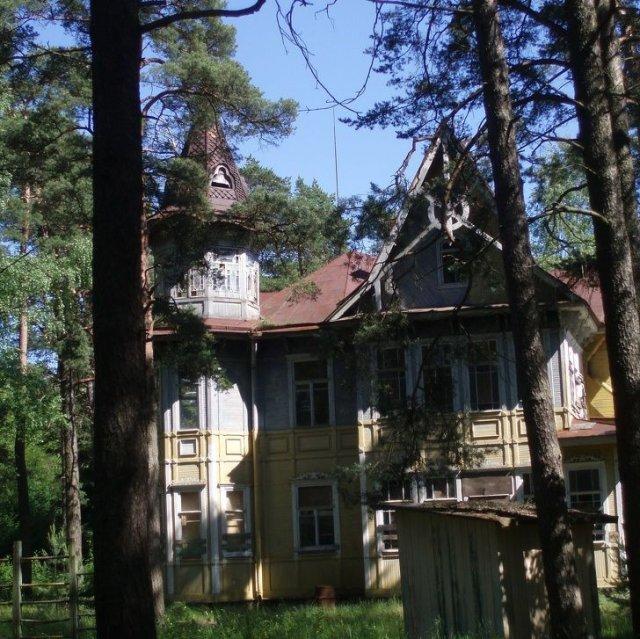 Дача Сандина в Комарово