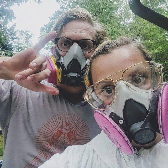 Софи-Клэр Хеллер и её муж Тим купили полуразрушенную хибару в Хамптоне и сделали там ремонт