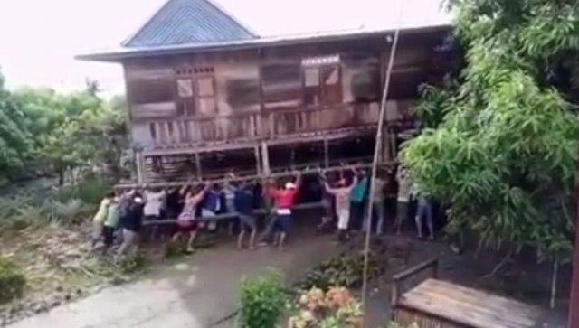 Как переезжают в Индонезии