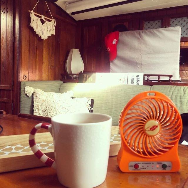 В Гонконге очень популярны мини-вентиляторы