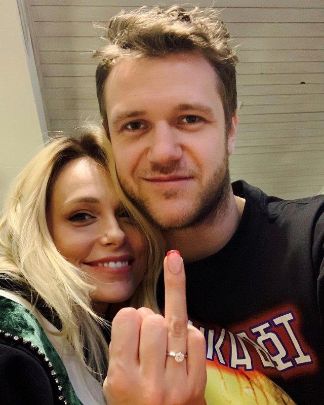 Мария Зубкова – экс-супруга «рыжего из Иванушек», которая кинула его ради баскетболиста