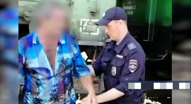 Путешественник: залез в вагон с углем, чтобы добраться до дачи, а попал в Кузбасс