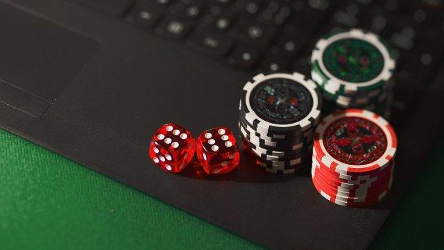 Онлайн-казино: как я проиграл 4 миллиона рублей, квартиру, репутацию и семью