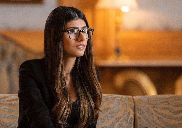 Порноактриса Миа Халифа рассказала, как ей некомфортно было сниматься в фильмах для взрослых