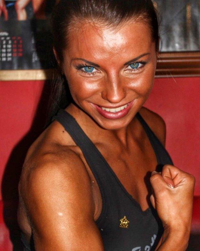 Порноактриса на пенсии: Валентина Азарова (Megan Vale, Zoey, Francheska) стала чемпионкой Европы по