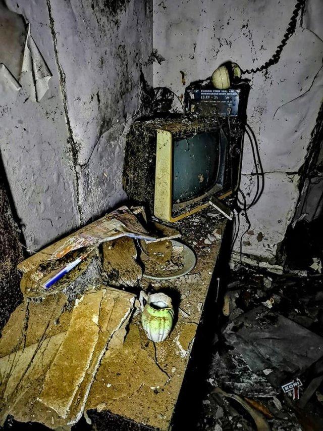 Как выглядит дом, заброшенный почти 20 лет назад
