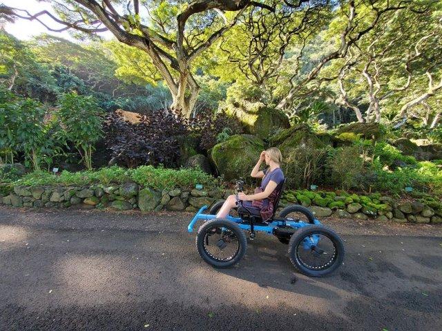 """Зак Нельсон создал для любимой """"не инвалидное кресло"""", больше похожее на машину из будущего"""