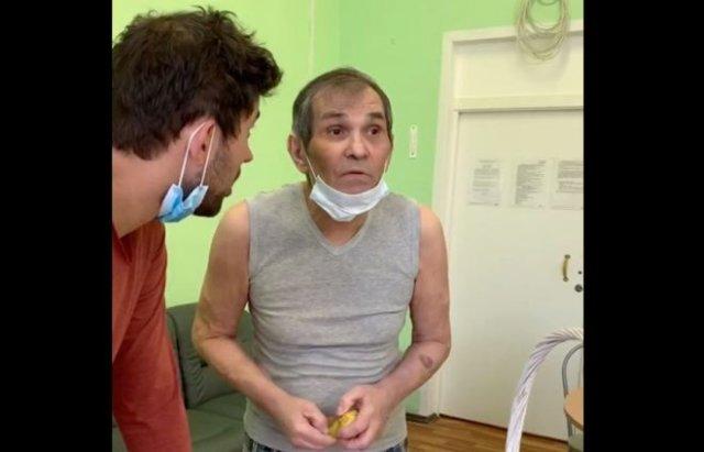 Бари Алибасов выпил тормозную жидкость
