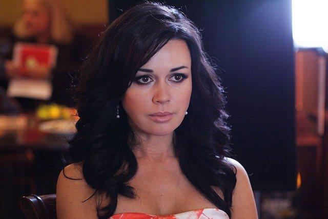 Посмотрите, как выросла дочь Анастасии Заворотнюк - Анна Стрюкова